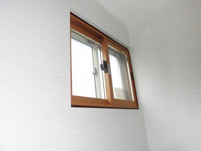 リフォーム トイレ内窓